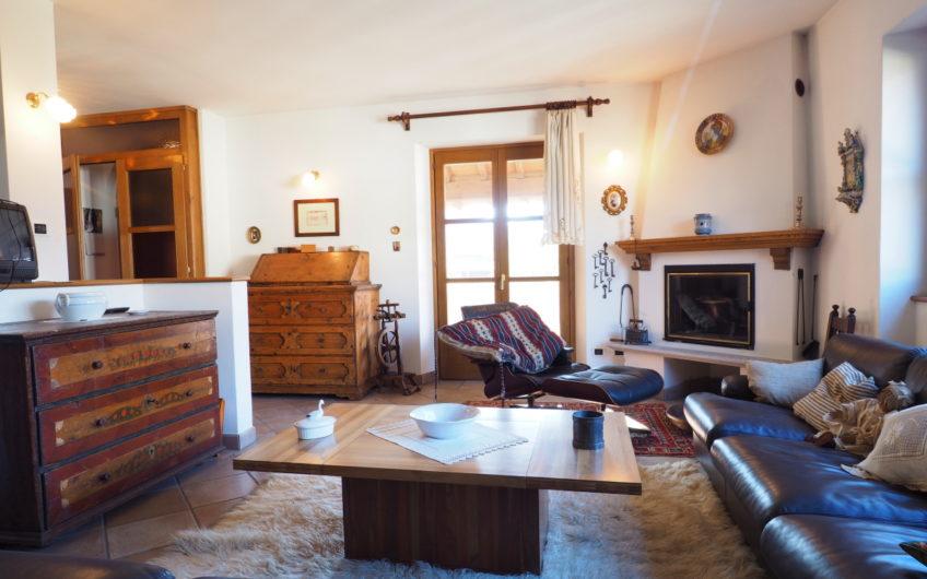 Signorile Villa con più appartamenti, Vista Lago!