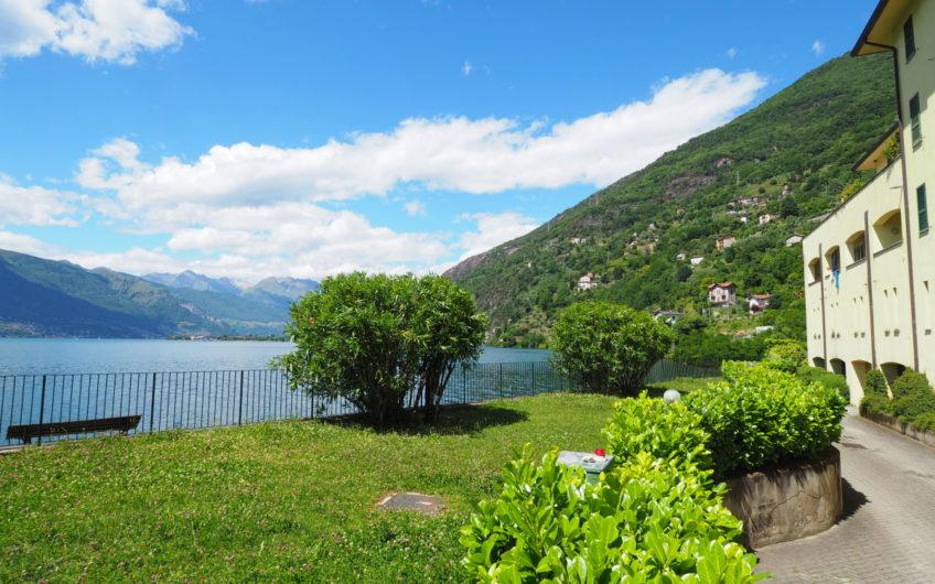 Trilocale fronte Lago! Stupenda Vista Lago!