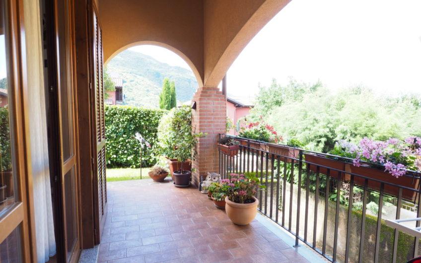 Bellissima Villetta con giardino, arredata!