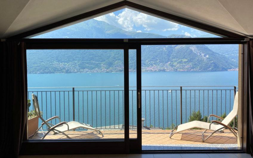 Attico di 137mq con terrazzi stupenda vista lago!