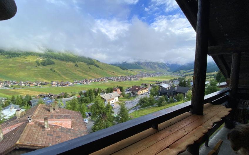 Attico con terrazza, meravigliosa vista su Livigno!