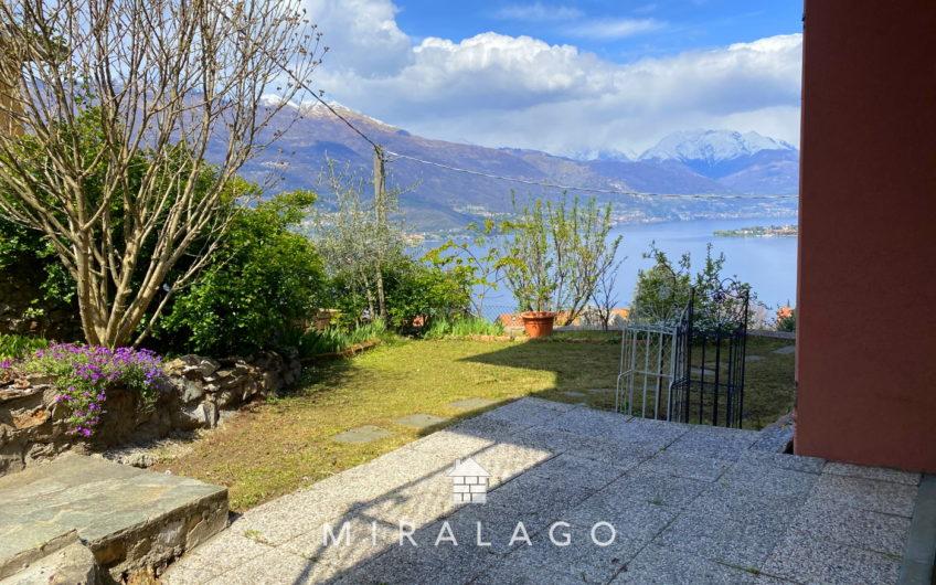 Grande appartamento vista lago con giardino di 180mq