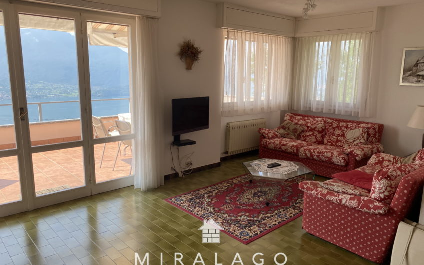 Villa di 300 mq con stupenda vista lago!