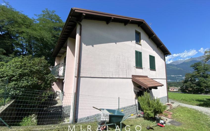 Villa indipendente con giardino di 4000mq