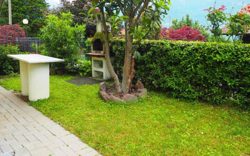 Bilo con giardino e piscina!