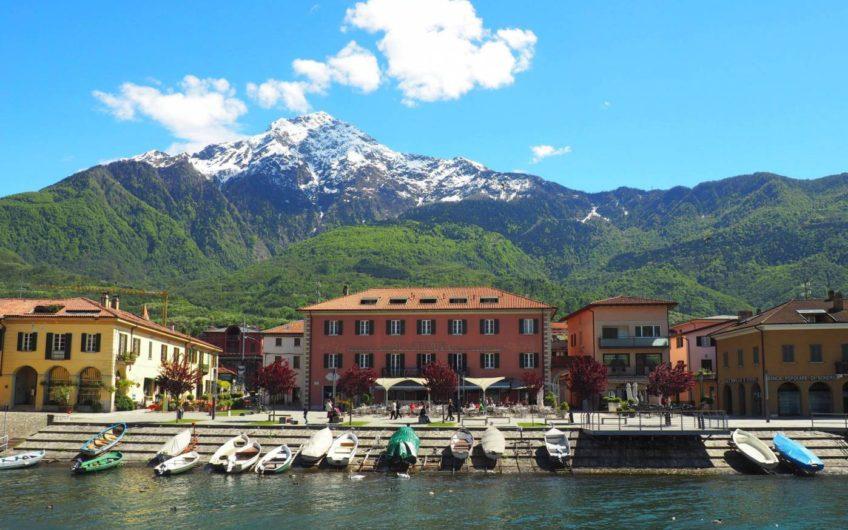 Piazza Riva Lago! Bilo con balcone vista lago!